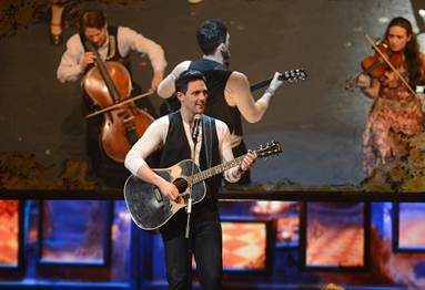 Photo_Steve_Kazee_Tony_Awards.jpg
