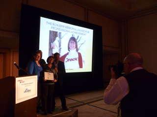 RV2012-AwardJanet.JPG