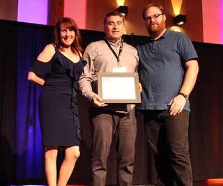 RV2019_Awards_LarryDarling.JPG