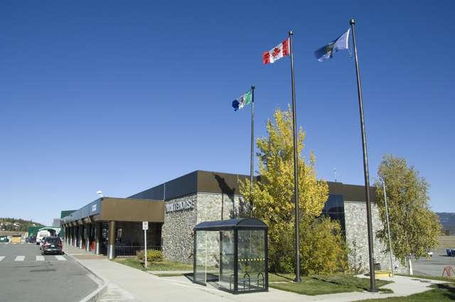 Whitehorse_airport.jpg
